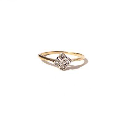 Treasures-Of-Old-Art-Deco-Diamond-Flower-Ring-