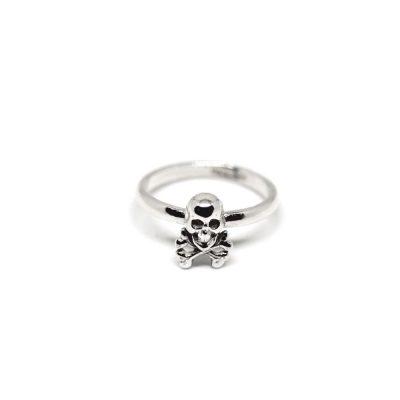 Skull-&-Crossbone-Ring-