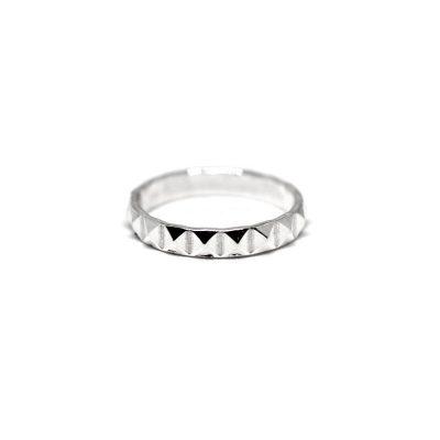 Stud-Ring-