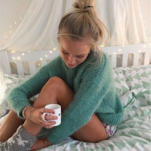 Chloe-Medium-Star-mug-