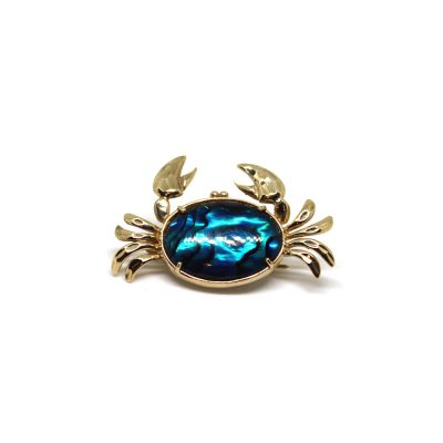 Gold-&-Paua-Crab-pin