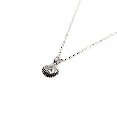 Seashell-Pendant-